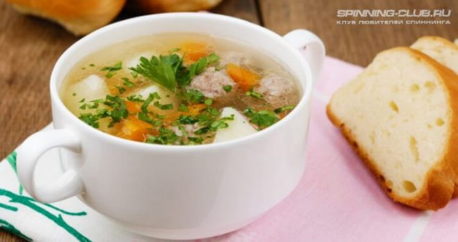 Суп с фрикадельками из головы сома