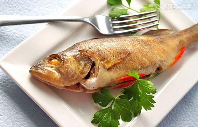 Речной окунь запеченный в духовке — вкусное и легкое блюдо